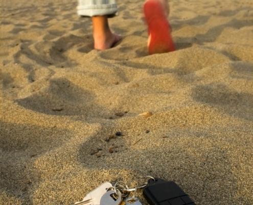 lost car keys at beach
